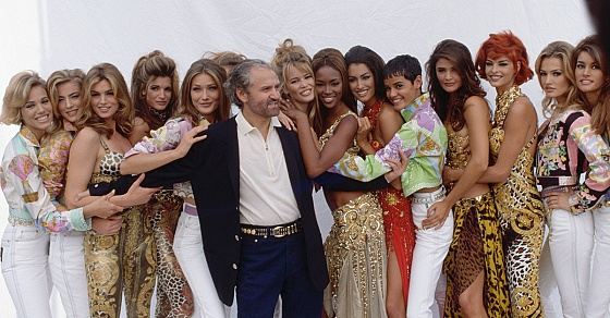Джанни версаче коллекции фото заработать моделью онлайн в макаров