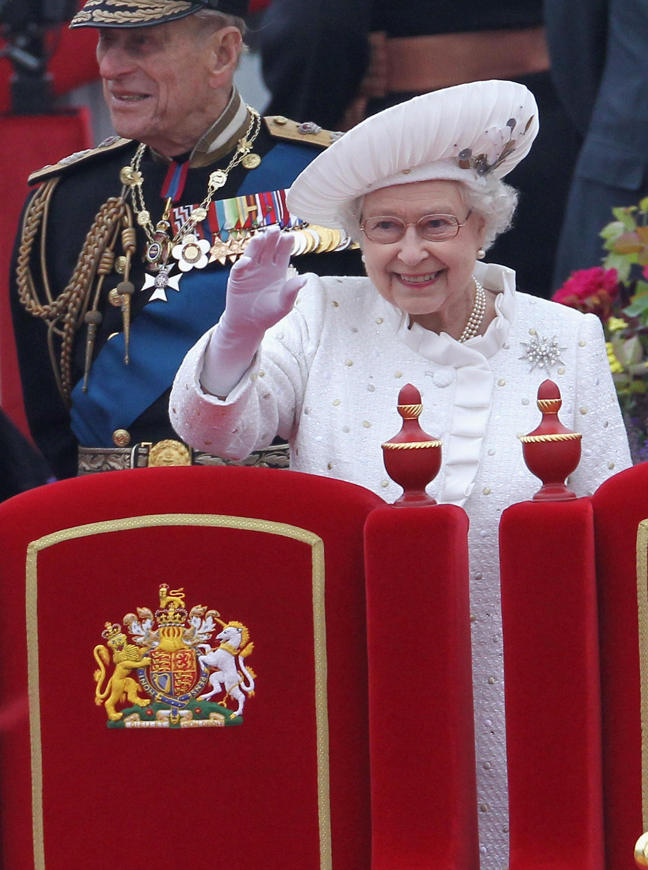 Демотиватор это королевская семья