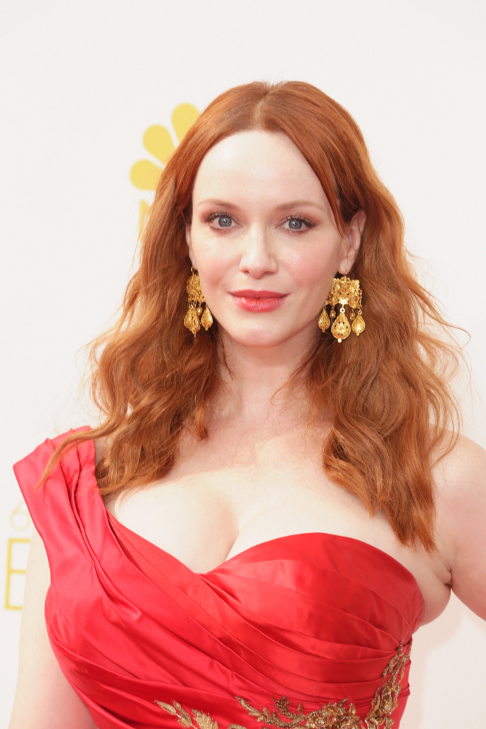 Список актрис с большой грудью девушки онлайн