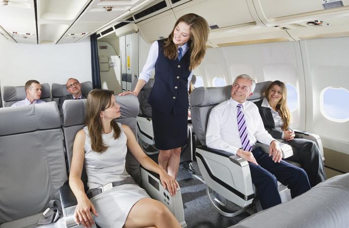салоне фото стюардессы самолета в