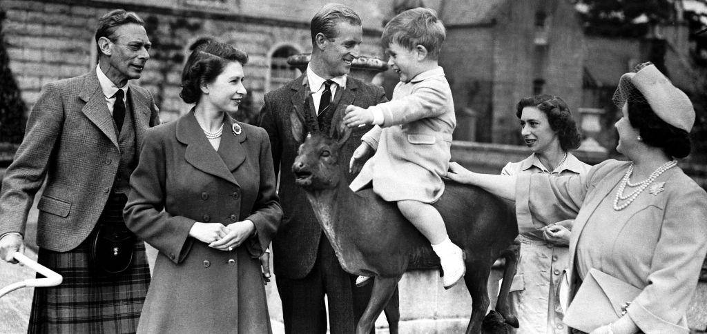 королева Елизавета II и принц Филипп 6