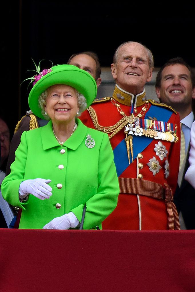 королева Елизавета II и принц Филипп 11
