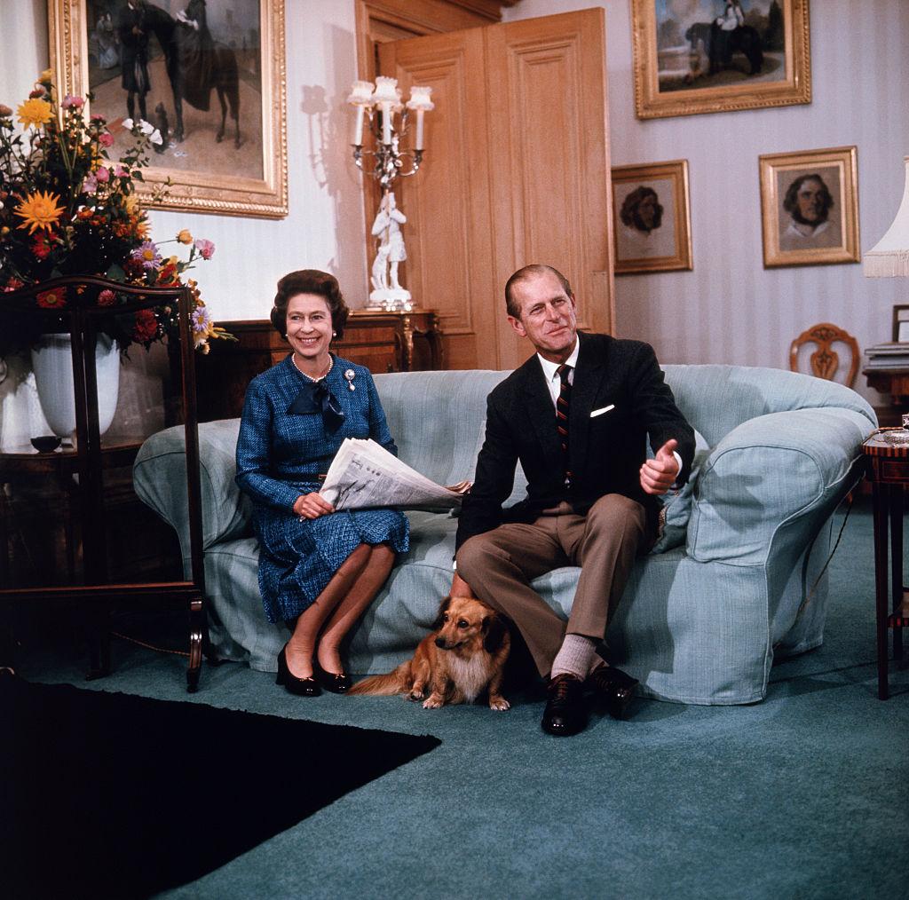 королева Елизавета II и принц Филипп 8