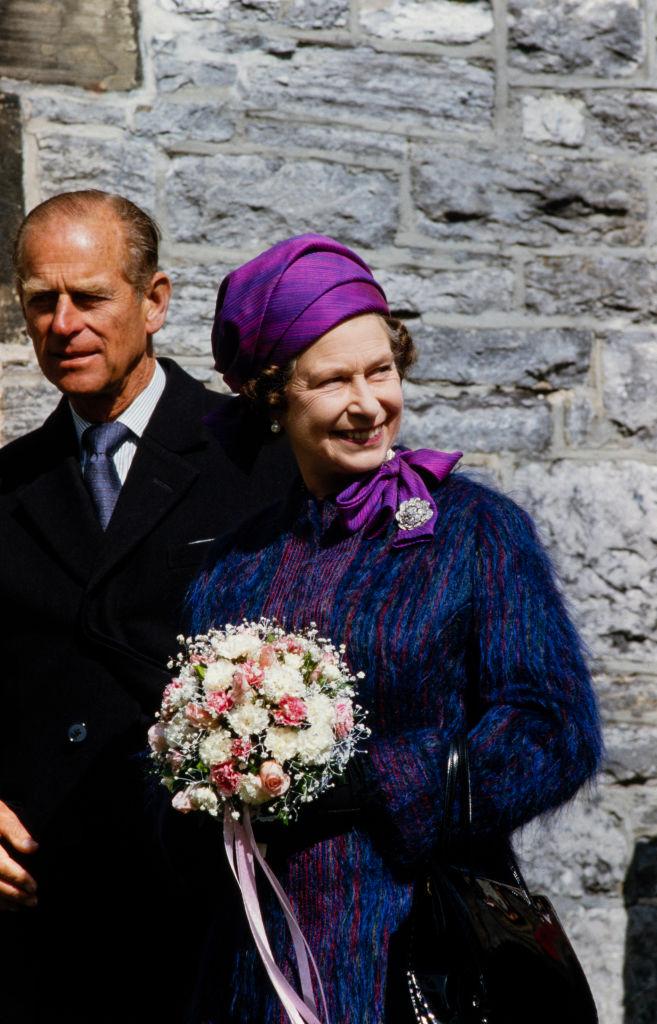 королева Елизавета II и принц Филипп 00