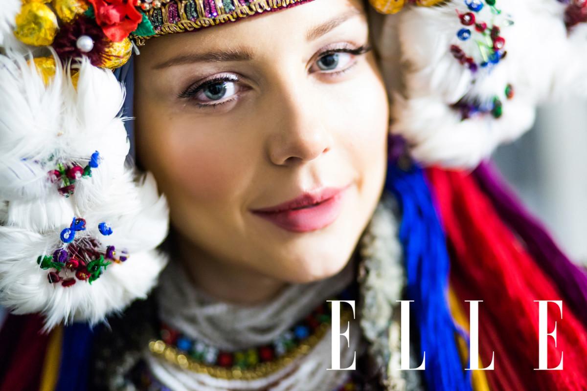 Тина Кароль стала невестой встаринном украинском свадебном наряде