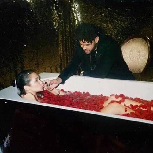The Weeknd устроил Белле Хадид изысканную вечеринку вчесть дня рождения