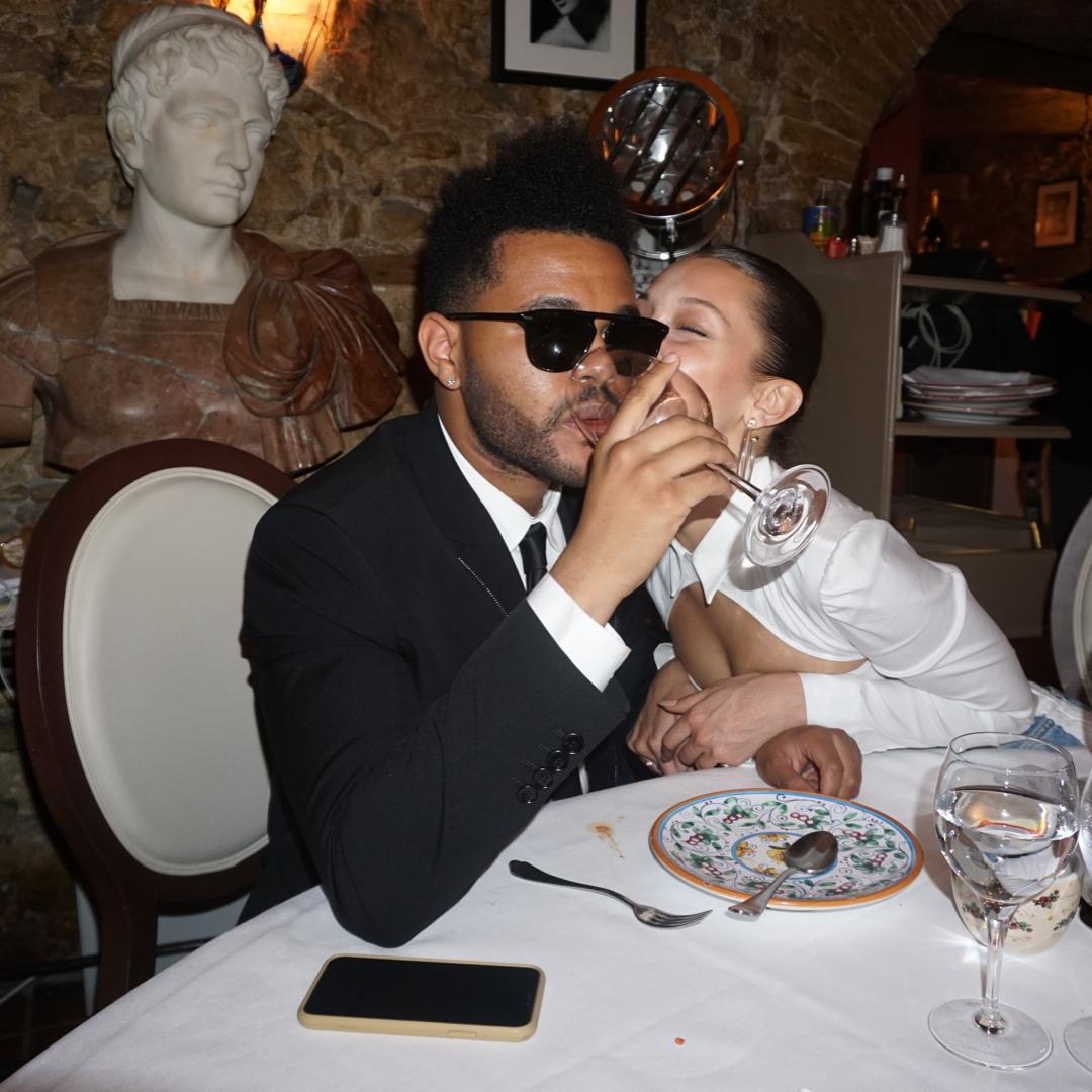 Белла Хадид отпраздновала 22-летие с друзьями и бойфрендом The Weeknd: как это было
