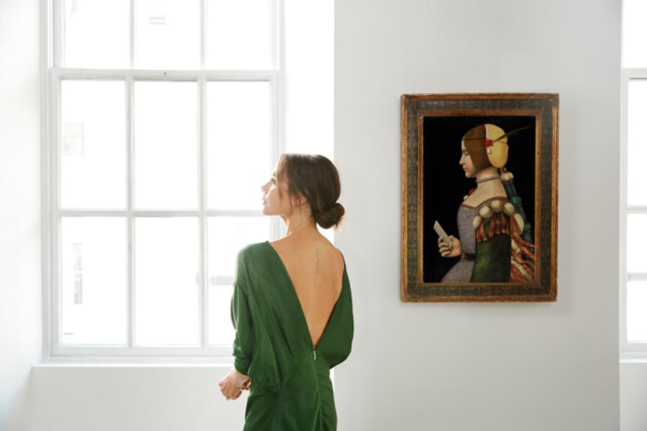 Семейный портрет: Виктория Бекхэм поделилась редкостным фото сродителями