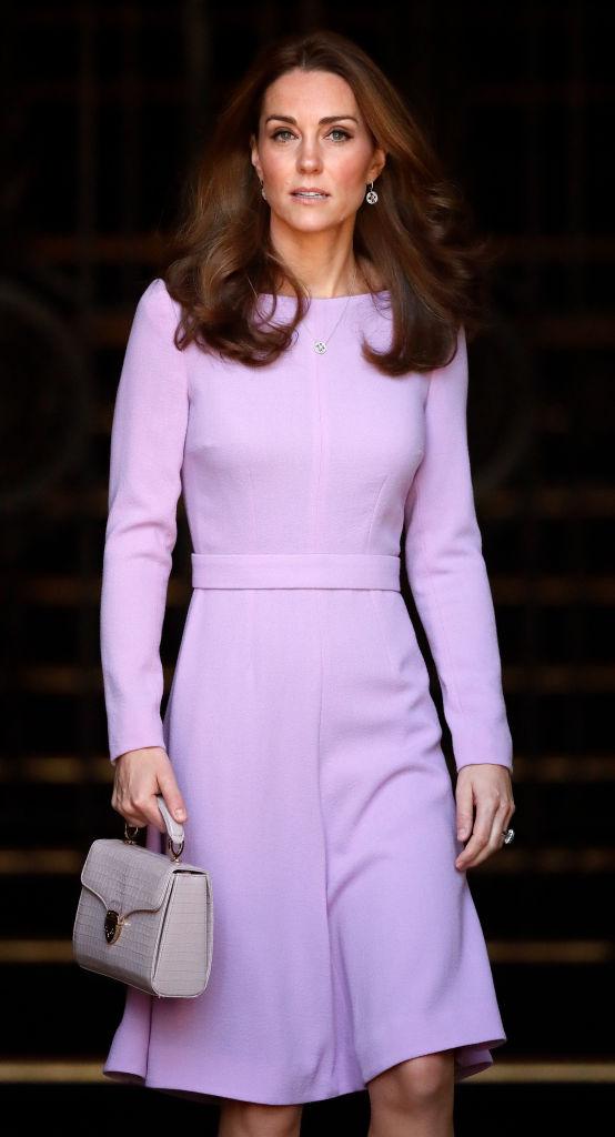 Сумочки Кейт Миддлтон: какие бренды предпочитает герцогиня