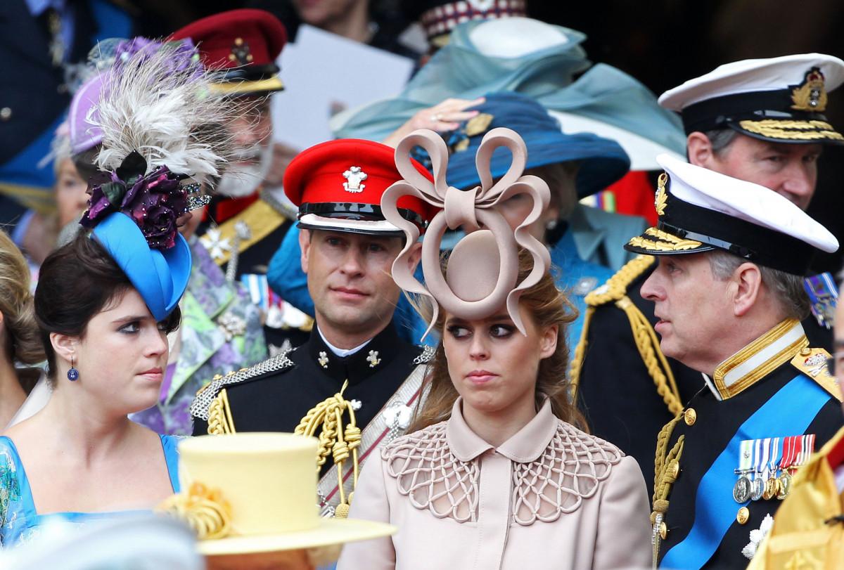 Внучка королевы Елизаветы рассекретила тайный коридор Букингемского замка