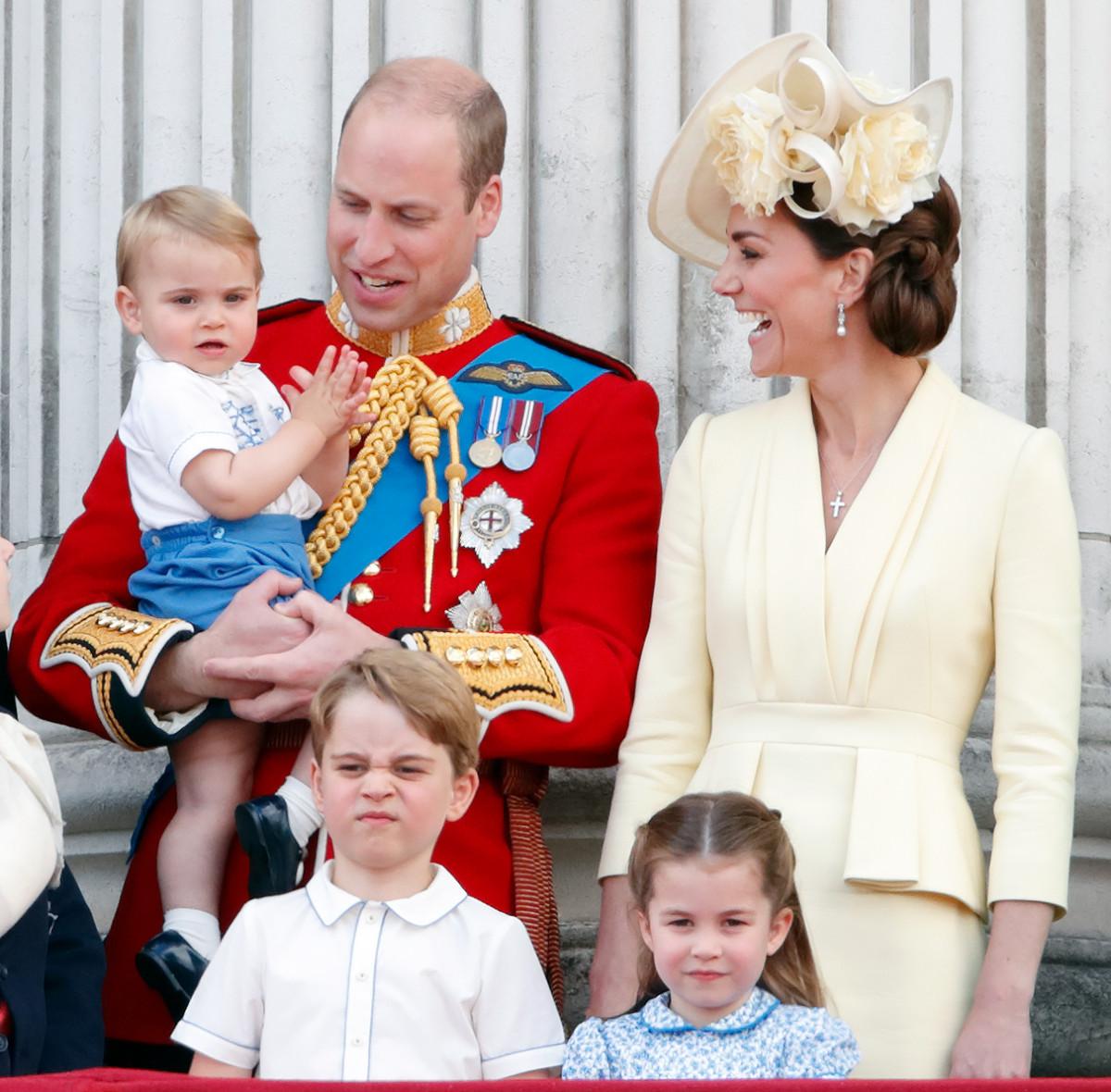 Есть ли уже королевские обязанности у детей Кейт Миддлтон и принца ...