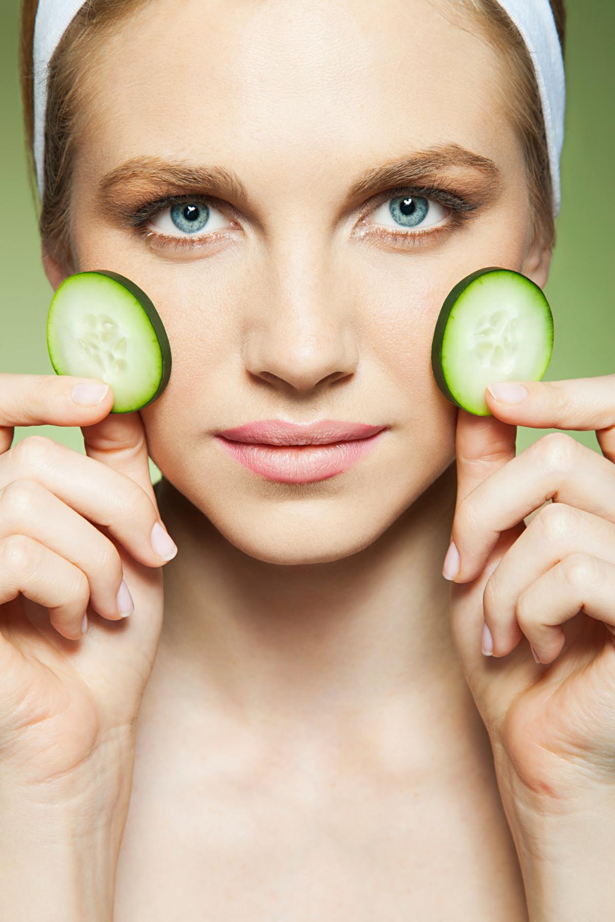 Сухая кожа: 9 лучших продуктов-увлажнителей
