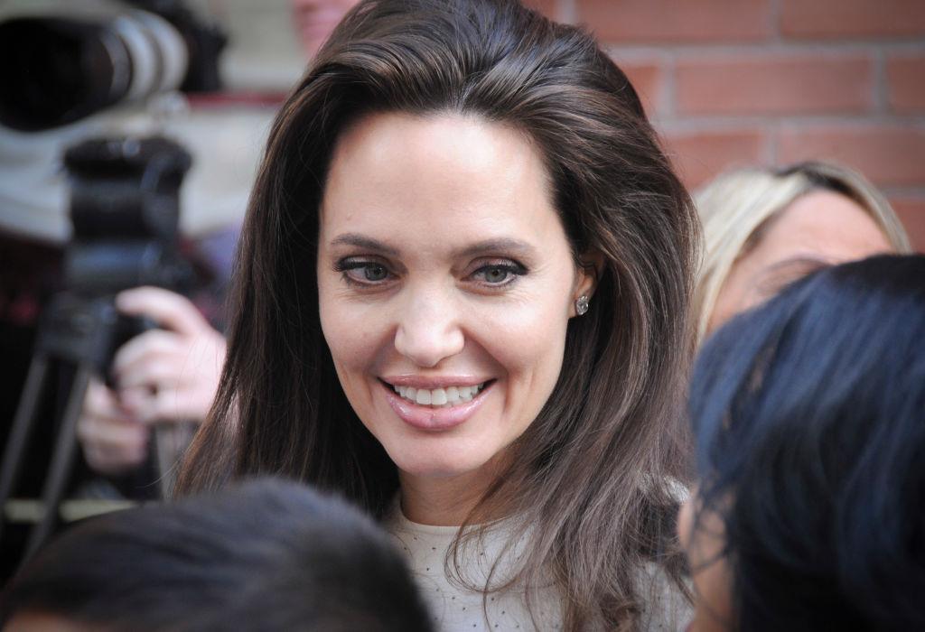 Долгожданное возвращение: Анджелина Джоли опять сыграет в кино анджелина джоли кинопоиск