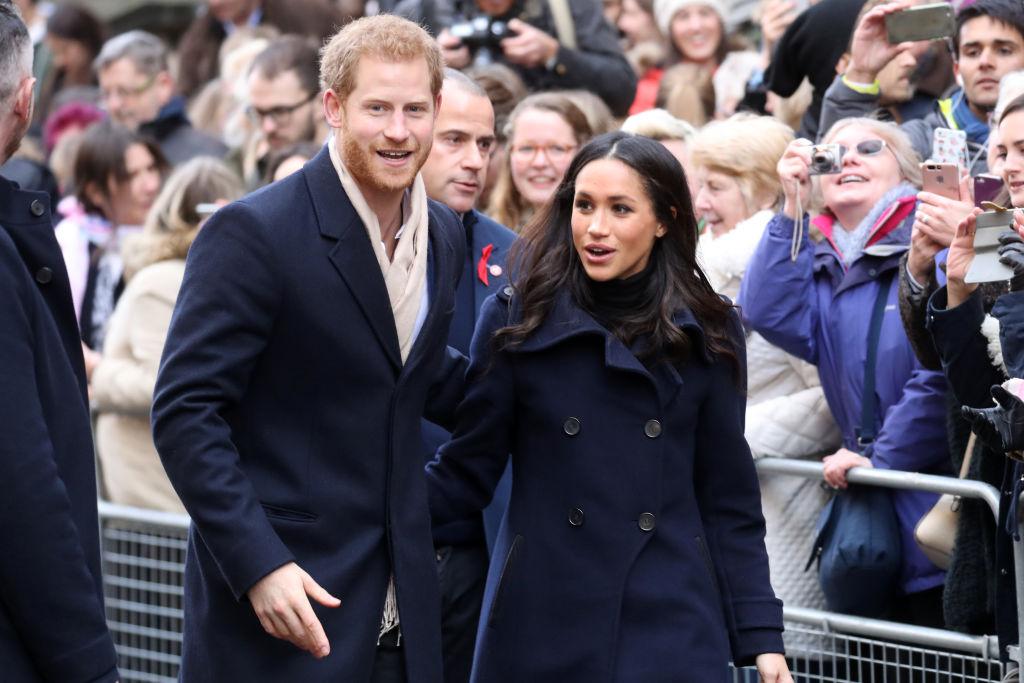 Появились фото первого официального выхода принца Гарри иМеган Маркл